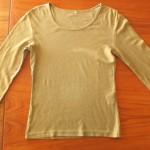 洗濯物を上手にたたむ方法-その3-「長袖Tシャツ」をたたむコツ